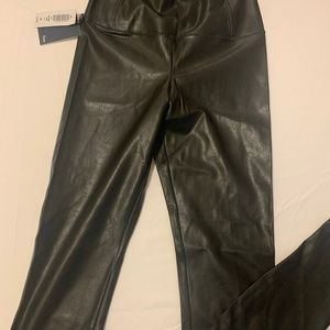 Aritzia Wilfred Daria faux leather ankle pants XXS